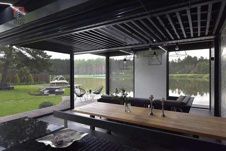 Столик в летней кухне