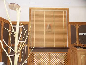 Бамбуковые жалюзи 50мм в кабинет
