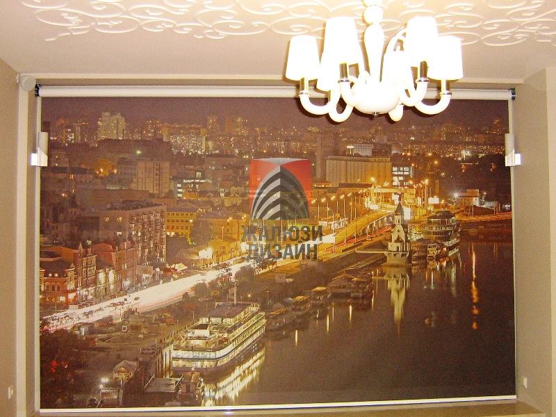 Фотопечать ночной город на рулонной шторе больших размеров